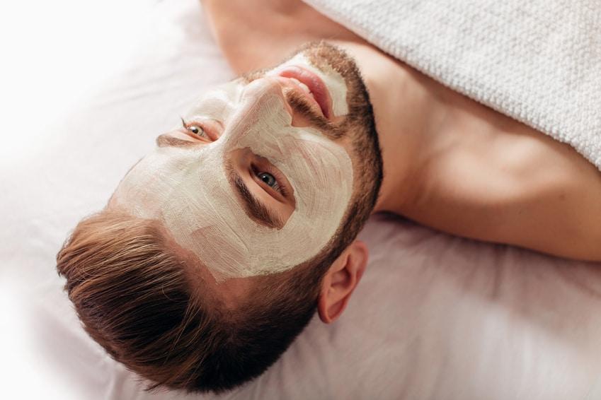 טיפולי פנים לגברים בירושלים